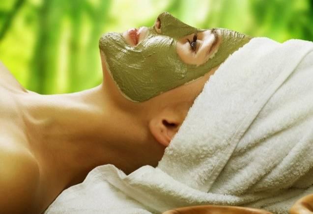 Een masker bij uw gezichtsbehandeling