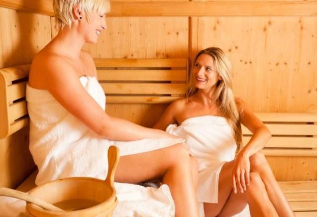 Damesdag genieten in de sauna