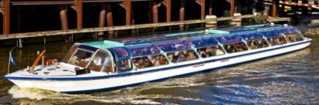 Rondvaart maken door Amsterdam
