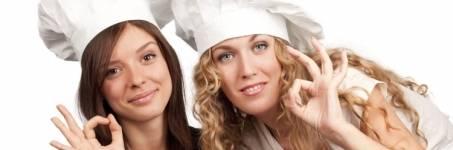 Samen koken tijdens een kookworkshop