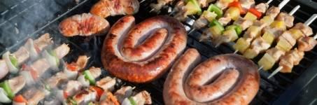 Barbecuen met familie en vrienden