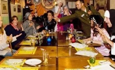Moordspel spelen en dineren in Amsterdam