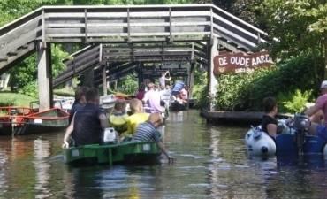 Fluistervaart met Picknick in Giethoorn