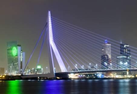 Culinair groepsuitje Zuid Holland - Walking Dinner Rotterdam