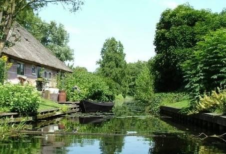 Vriendinnenweekend in Giethoorn - Inclusief dagje uit op het Water