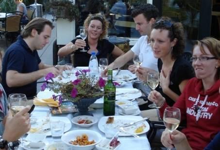 Culinair groepsuitje in Giethoorn - Floating Diner