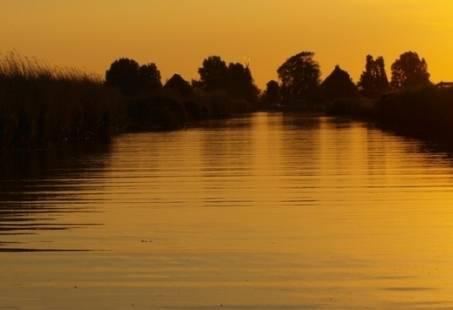 Heerlijke zeildag op een skutsje beleven op de Friese meren