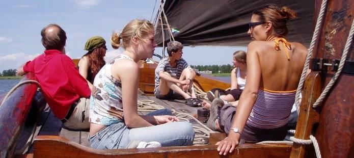 Genieten van een zeildag op het IJsselmeer