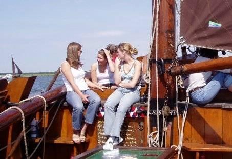 Een zeildag met vrienden op botters op het IJsselmeer