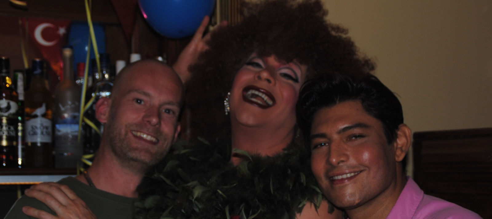 Travestieten Show Diner - leuk avondje uit in theaterrestaurant Amsterdam