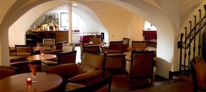 Kasteel-hotel.nl