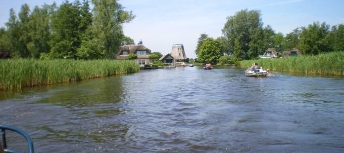 Het water in Giethoorn