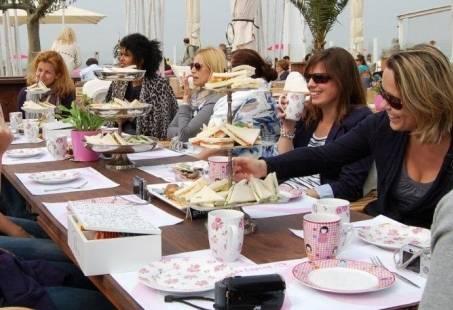 High Tea aan zee - Geniet van lekker eten, zee en strand