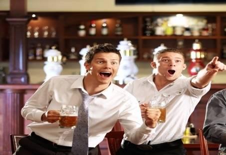 Hoezo Den Bosch? - Groepsuitje met bierbrouwerij rondleiding, bier proeven en pubquiz