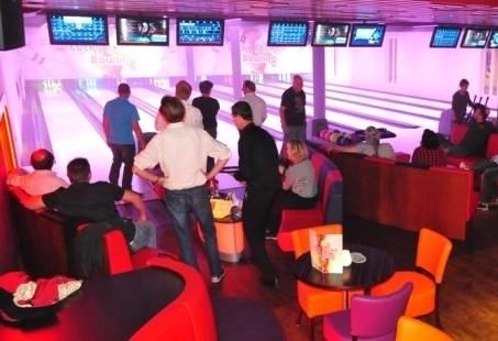 Exclusief bedrijfsfeest – Lucky Strike bowling feest in Egmond aan Zee