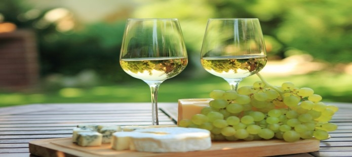Stadsrondleiding en culinair genieten met wijnproeverij en tapas: enjoy.nl/avondje_uit/culinair_genieten/proeverij/wijnproeven...