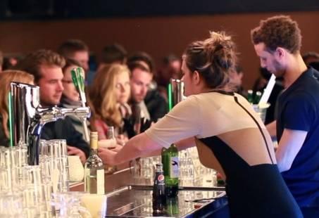 Feest Arrangement: Diner & Comedy Show - Uitje in Amsterdam