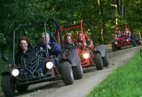 Actief bedrijfsuitje op de Veluwe - Bowlen, Buggy en Quadrijden