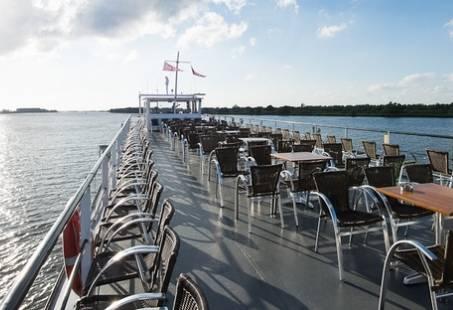 Prachtig uitzicht vanaf de rondvaartboot