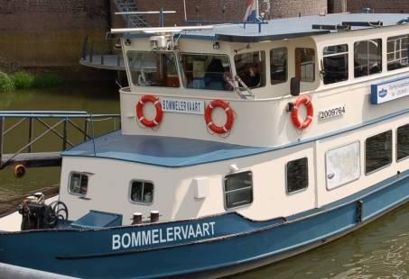 Pannenkoekenboot Zaltbommel - rondvaart over de Waal