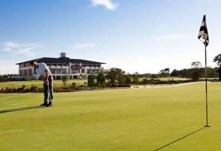 Golfarrangement in Krefeld - Golfen op een van de beste banen van Duitsland
