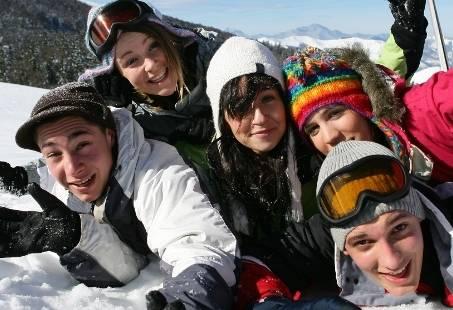 Vriendenweekend in de Sneeuw - Rutschen mit Anton in Winterberg