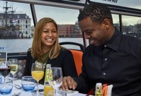 Diner Cruise in Amsterdam - Rondvaren en dineren op de grachten van Amsterdam