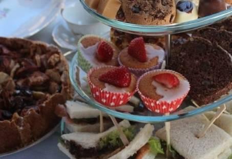 Gezellige High Tea workshop op de Veluwe - Bereid jullie eigen hapjes