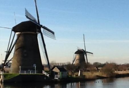 Rondvaart Rotterdam - Kinderdijk - Van Rotterdamse skyline naar Wereld Cultuur monument