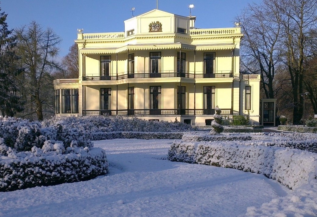 Laat u verwennen tijdens de feestdagen op ons Kasteel - 2 daags Kerstarrangement op de Veluwe