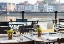 Genieten op het terras aan de IJssel