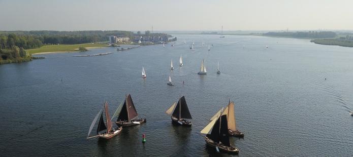 All-In groepsuitje genieten op het water vanuit Kampen