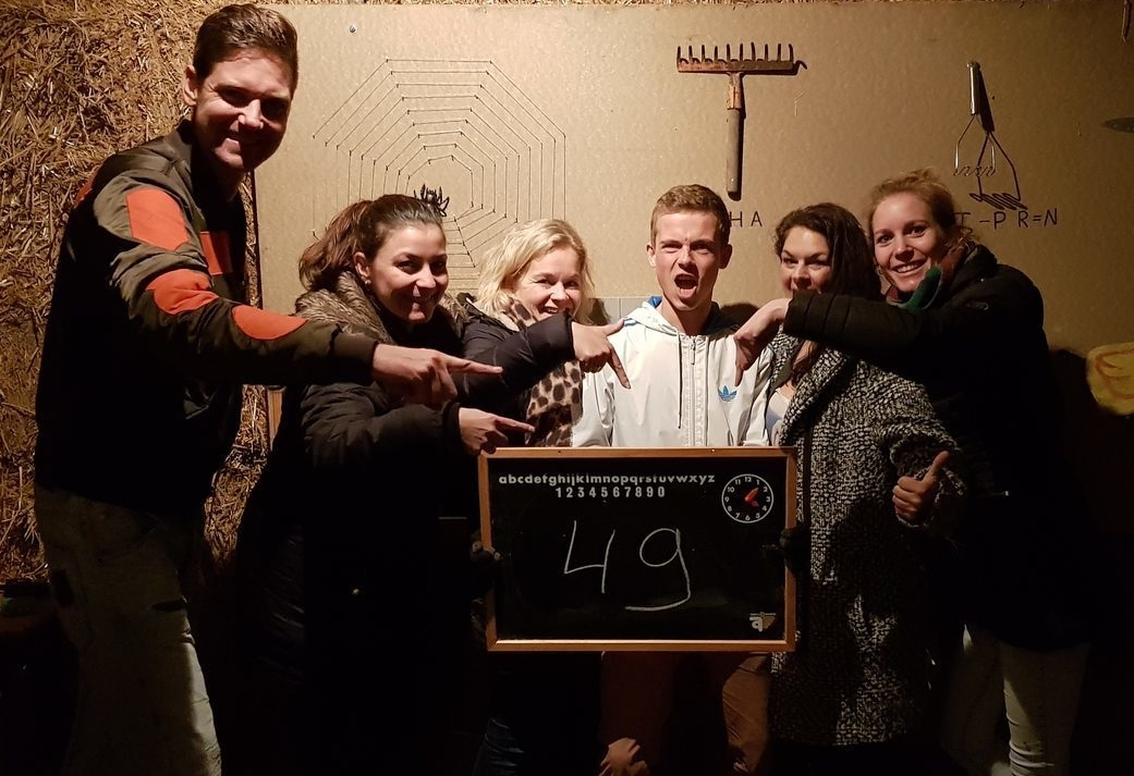 Winterspecial - Indoor groepsuitje op de Veluwe - Escape Room en workshop Burgers en Bier