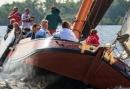 Familieuitje op de Friese Wateren - Zeilen met een Skutsje tijdens de familiedag