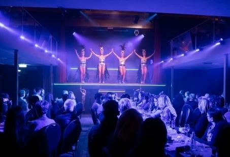 Dinnershow met overnachting in 4-sterren hotel - Een Top Mannenweekend in Breda