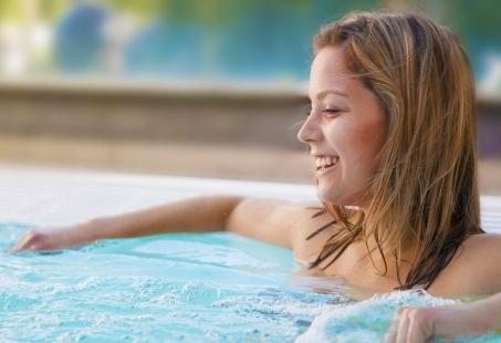 Vriendenweekend in Brabant met Wellness en Pubquiz - Relax en Fun