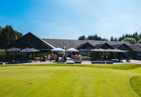 Golfen op 3 verschillende golfbanen