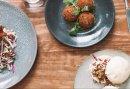 Culinair genieten van verrukkelijke tapas bij de BeachClub in Stroombroek