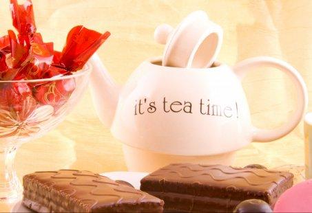 High Tea aan een mooie recreatieplas in Stroombroek