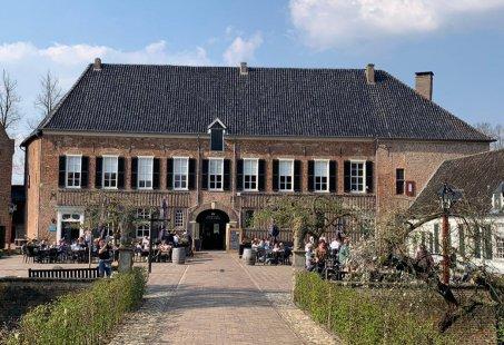 Vriendinnenuitje in Kasteelstad s-Heerenberg - High Tea in het oude Koetshuis