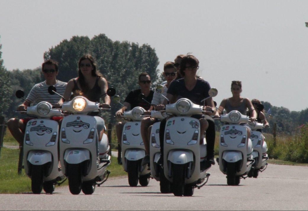 Vriendinnenuitje in het Montferland - Scooter rijden met High tea