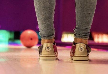 Familieuitje voor jong en oud - Bowlen en Midgetgolfen in Gelderland
