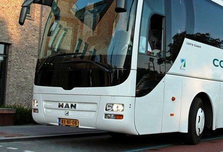 Compleet dagje Weerribben - Wieden - Fietsen, huifkartocht, culinair genieten en busvervoer!