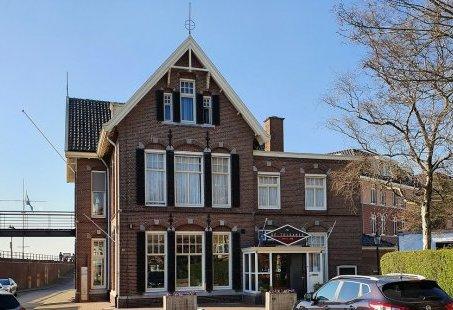 Vriendenweekend in Gelderland - Slapen aan de Rijn en Bierproeven in Zevenaar