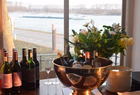 Romantisch overnachten en dineren aan de Rijn - Genieten in Gelderland