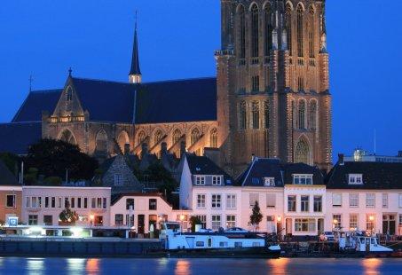 Boottocht vanuit de Biesbosch - Bezoek de Kerstmarkt in Dordrecht