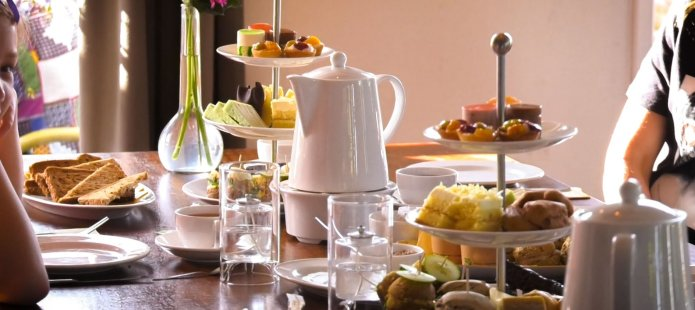 High tea in Giethoorn