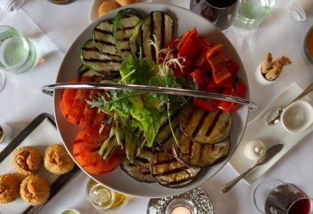 Zondagmiddag heerlijk tafelen met familie en vrienden? Kom Italiaans culinair genieten in Montferland