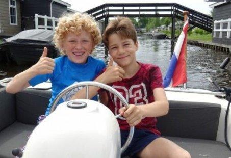 Familieweekend in Giethoorn - Varen, kids activiteiten en genieten aan het water