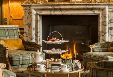 Vriendinnenuitje met High Tea in een prachtig kasteel in Brummen